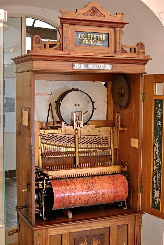 Ilustrativní foto k výstavě Historie hudebních automatů.